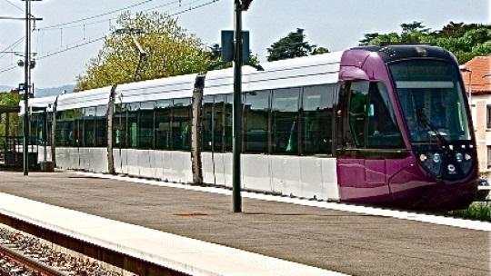 tram-train147